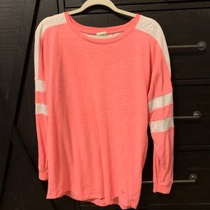 VS Pink long sleeve college tee